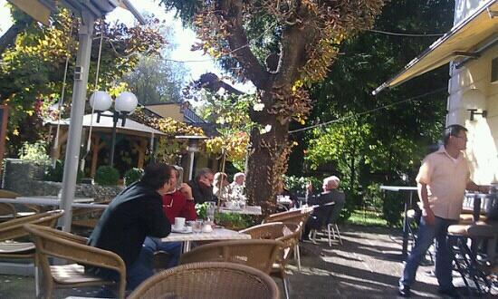 Cafe Restaurant Engljaehringer