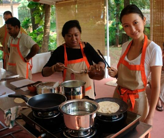 Siolim, Ấn Độ: Learning with the cook Jane