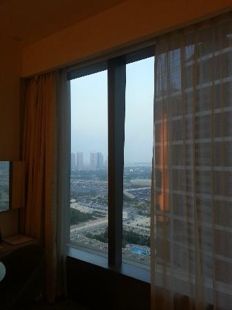 Media One Hotel Dubai: Room Window View