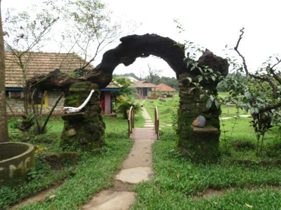 Rotti Kallu Homestay: Resort