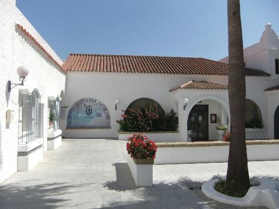 Hotel Playa de la Luz: Beach Club Eingang