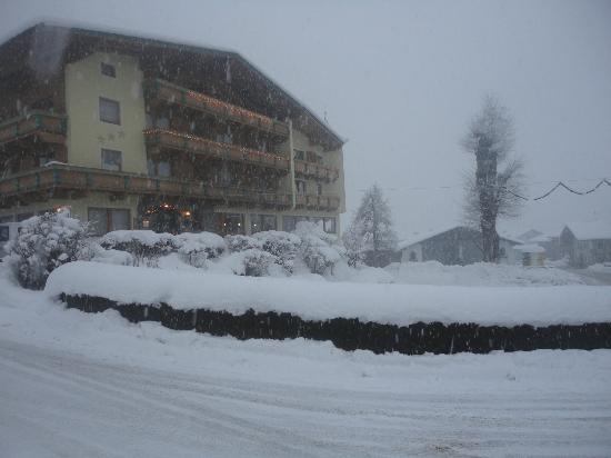 Hotel Gasthof Jäger: Schneefall