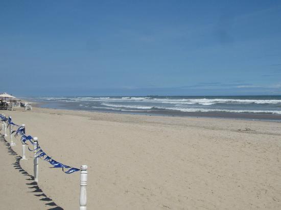 Labadi Beach Hotel : Beach