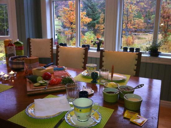 Anne Gerd's Lofoten: Breakfast