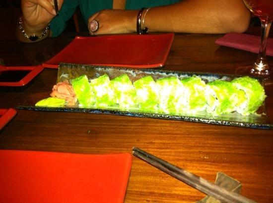 Kynoto Sushi Bar: white roll