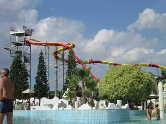 WaterWorld Waterpark: mega slides