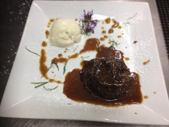 Driftwood Estate Winery: sticky date pudding