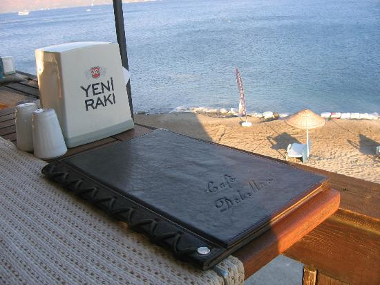 Cafe del Mar : Table with a view, please