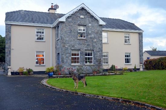Gorteen Farmhouse, Tulla, Co Clare