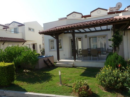 Apollonium Spa & Beach Resort: Our 3 bed villa