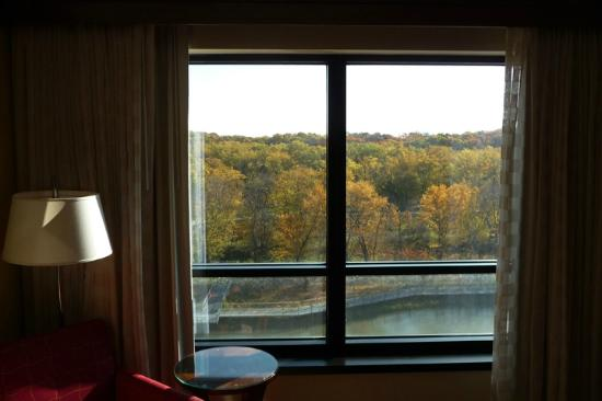 Coralville Marriott Hotel & Conference Center: 7th floor view from backside of hotel