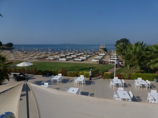 Apollonium Spa & Beach Resort : View over grounds to sea