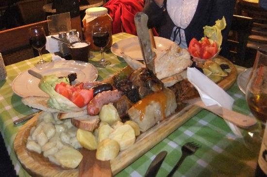 Chlopskie Jadlo: Stodgy plate at Jadlo