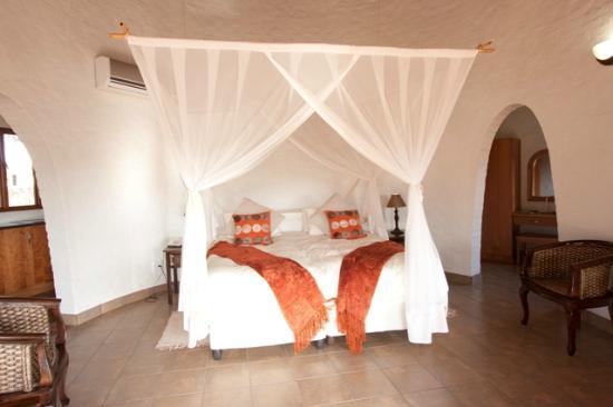 Zululand Safari Lodge Room