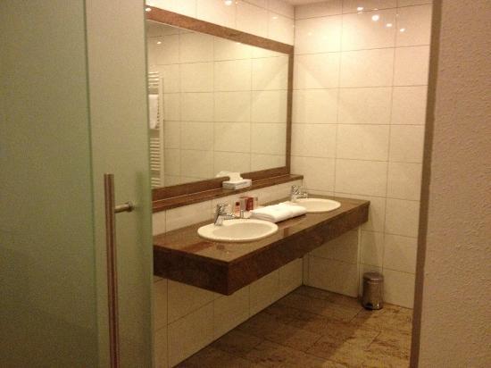 Hotel Plattenwirt: Bathroom