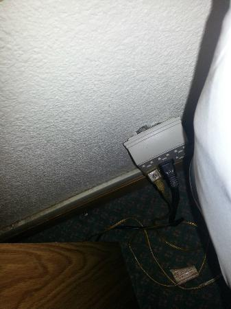 Baymont Inn & Suites Fargo: more broken plaster and overloaded circuit
