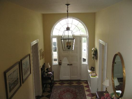 Ascot House Bed and Breakfast: view of the entrance doorway, coming down the stairway
