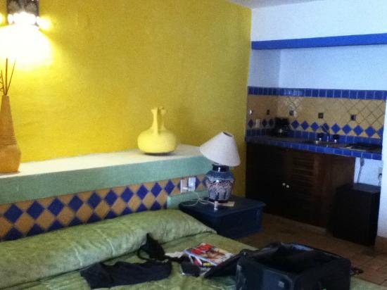 Playa Conchas Chinas Hotel: inside rm 401