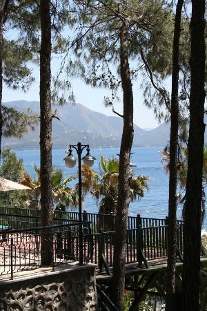 Marmaris Park: Вид с территории отеля
