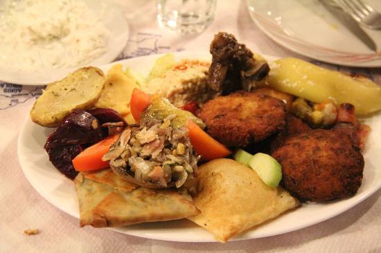 Inochoos Restaurant
