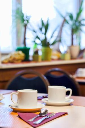 Logis Arcombelle : Bonjour c'est le Petit Déjeuner.