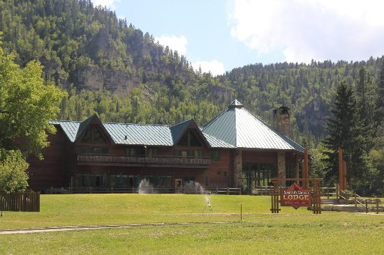 ‪سبيرفيش كانيون لودج: Spearfish Canyon Lodge‬