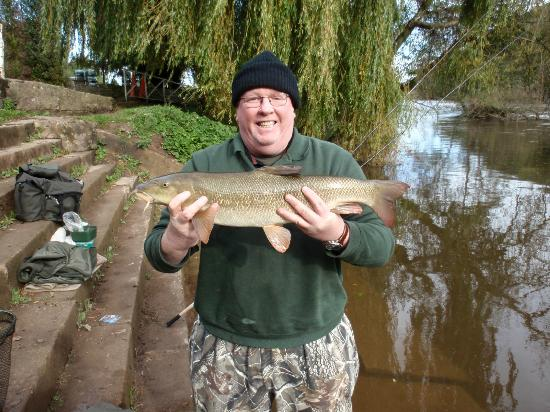 Ye Old Ferrie Inn: Me and a nice Barbel