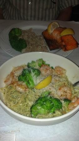 Cedar Reef Fish Camp : Salmon on a Cedar Plank and Shrimp and Broccoli with Pesto Sauce on Linguini