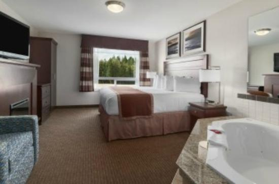 Ramada Creston: Honeymoon suite
