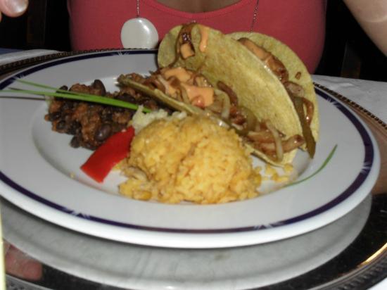 Melia Cayo Guillermo: comida mexicana