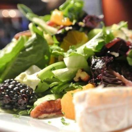 Bar Louie: Brie Salad