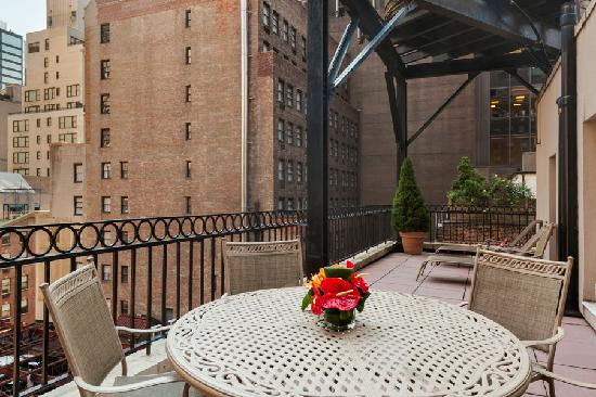 Best Western Plus Hospitality House: One Bedroom Penthouse Terrace