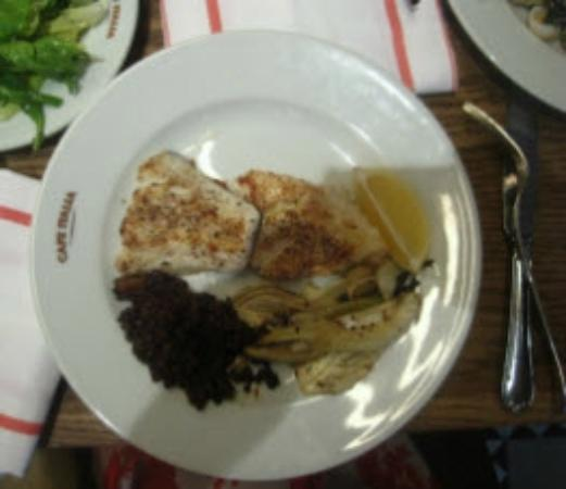 Cafe Italia : Cod and black lentils