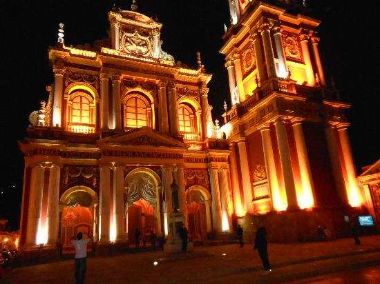 Iglesia San Francisco: Iluminacion Nocturna