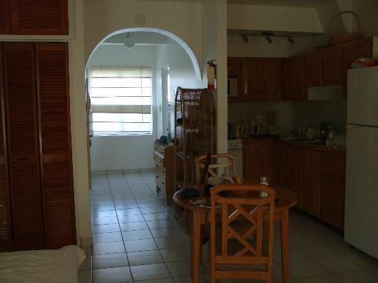 Antigua Village: Apartment 19B
