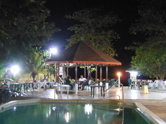 Merrils Beach Resort Ii Versione Serale