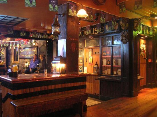 Blooms Hotel: VAT pub