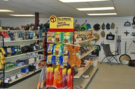 Buttonwood Campground: Camp Store