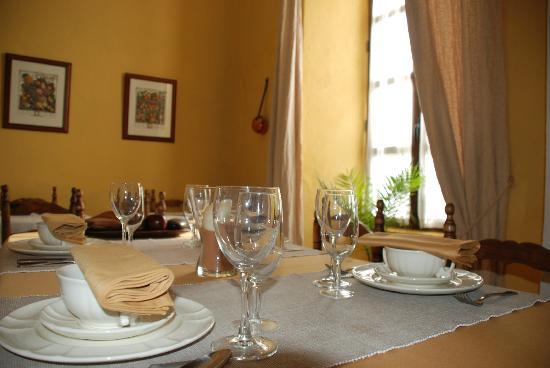 Casa Rural El Aguila: comedor