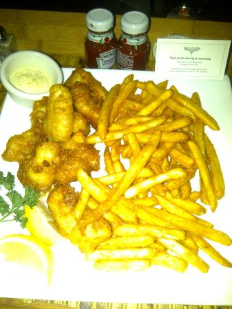 Inn at the WAC: Fish & chips