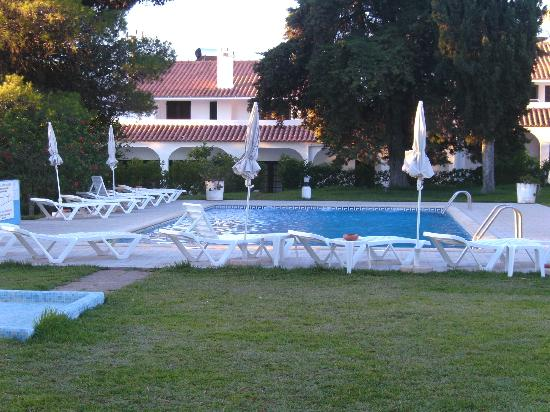 Vale de Carros: 2nd pool thats slightly smaller and quieter