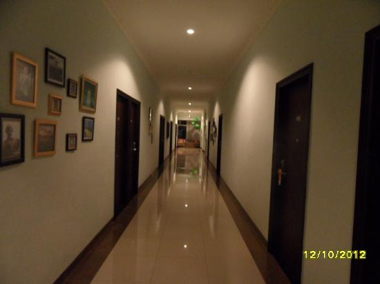 The Studio One at Nusa Dua: corridor