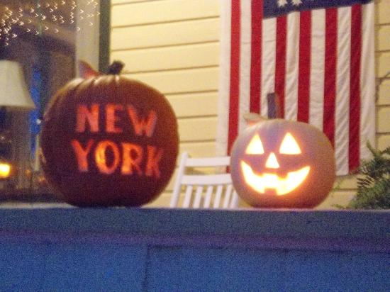 New York House Bed & Breakfast: We make a big deal out of Halloween!