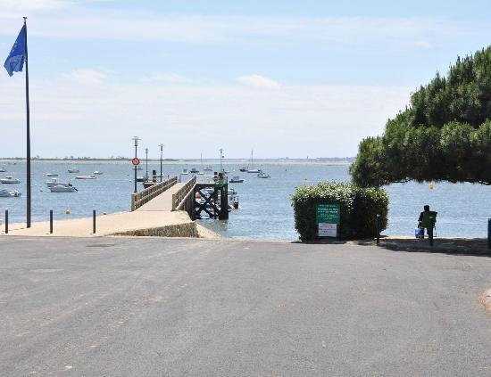 Le Bellevue : Embarcadère