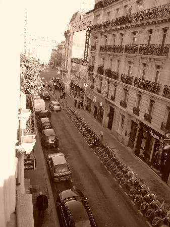 Timhotel Odessa Montparnasse: Θέα από το δωμάτιο