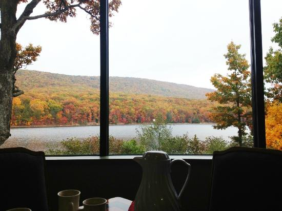 Flintstone, MD: The view from our breakfast table
