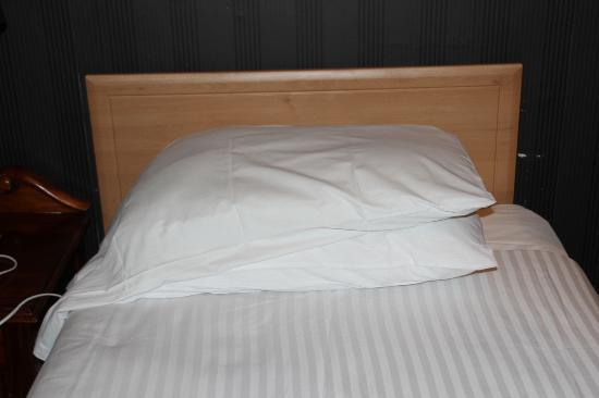 Ballantrae Albany Hotel: Größe und Aufmachung Bett