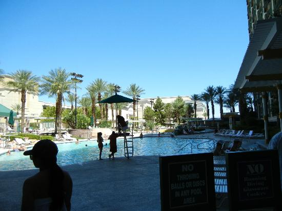 The Orleans Hotel & Casino: Pool are