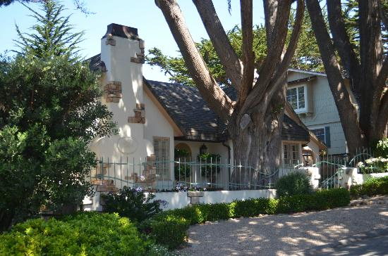 BEST WESTERN Carmel's Town House Lodge: Morning Glory Cottage