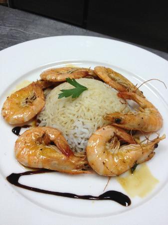 Restaurant Noir : Basmati rice with king prawns. A delight!